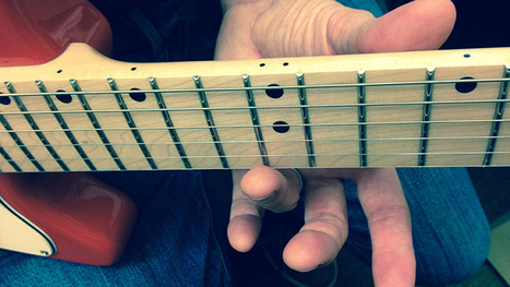 Harmonics: Four Ways to Play the Guitar's Hidden Notes | Discovery Guitar World | Scoop.it