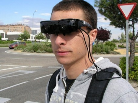 """Hacked"" Virtual-Reality Goggles Helps Visually Impaired Navigate Obstacles 