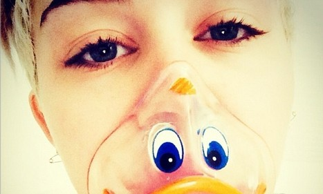 Miley Cyrus dons duck-face oxygen mask while recuperating in hospital | Miley Cyrus | Scoop.it