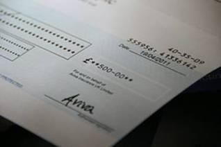 Un cheque en banco   Finanzas, economía, impuestos, derecho,...   Scoop.it
