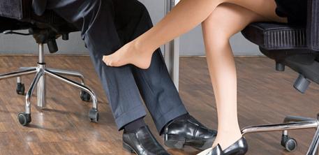 Sexe au travail : 5 conseils pour éviter de se faire prendre   SeXtoNews   Scoop.it