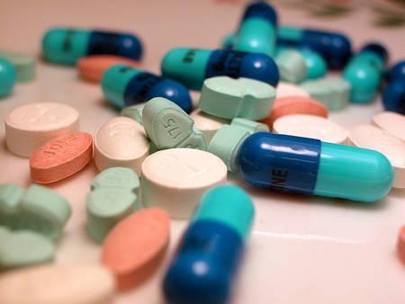 Actualité > Bientôt des médicaments sur Internet sous condition pour ...   De la E santé...à la E pharmacie..y a qu'un pas (en fait plusieurs)...   Scoop.it