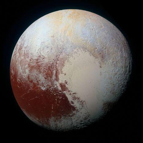 Pluton et Charon révélées sur toutes leurs faces par New Horizons | Bureau de curiosités | Scoop.it
