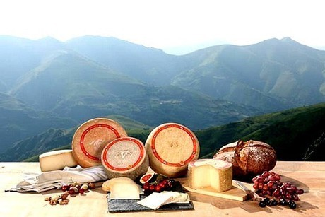 AOP Ossau-Iraty : une nouvelle campagne de communication | The Voice of Cheese | Scoop.it