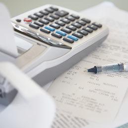 Italiani cinture nere di risparmio: meno spese e meno prestiti nel 2013 | Bilancio Familiare | Scoop.it