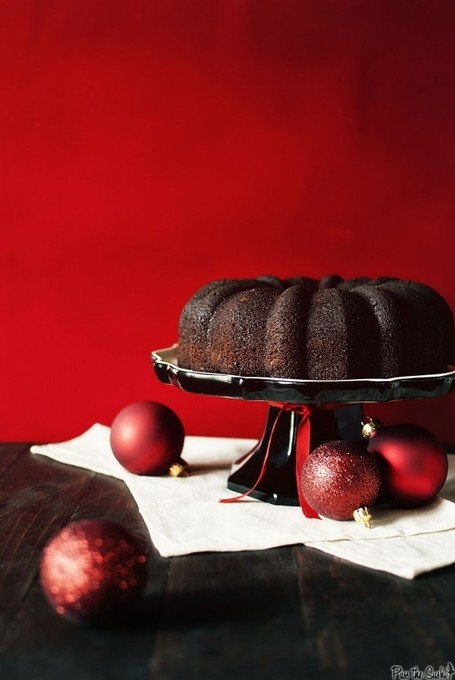 Chocolate-Glazed Chocolate Malted Bundt Cake | À Catanada na Cozinha Magazine | Scoop.it