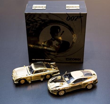 1960-1980 Génération Cinéma : My name is Bond ...19 Mai 2014 Hotel Drouot | Vente aux encheres design et pop culture | Scoop.it