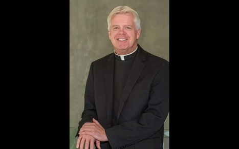 Gay priest fired from chaplain job asks Pope Francis to meet LGBT Catholics in US | Higher Education | Scoop.it