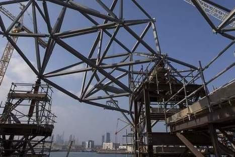 Interactive: Raising the roof at Louvre Abu Dhabi | The National | Victor, guide touristique a Dubai et dans les Emirats arabes unis pour des visites privées et sur mesure en français. | Scoop.it