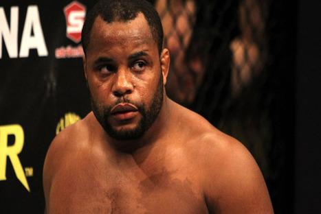 UFC 170: Daniel Cormier vs. Rashad Evans confirmé comme 'main ...   Mark Hunt   Scoop.it