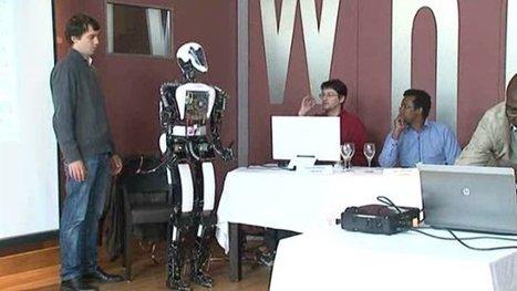 Un robot-serveur à Ester Technopole à Limoges ...Et oui c'est possible ! - France 3 Limousin | Une nouvelle civilisation de Robots | Scoop.it