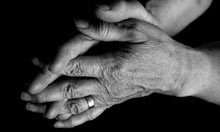 Mirror therapy may help to reduce the pain of arthritis | BlablaDoctor | Scoop.it