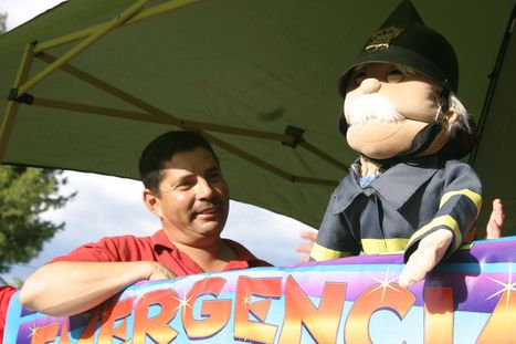 Firefighters use puppets to teach fire safety - Nogales International | Fire Safety | Scoop.it