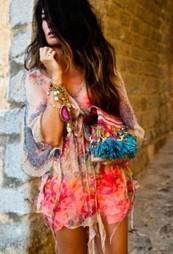 Comment porter un sac de coloré ? | Sacs en folie | Scoop.it