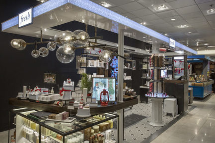 Les Galeries Lafayette Haussmann repensent 400 m² de leur espace beauté | Retail Intelligence® | Scoop.it