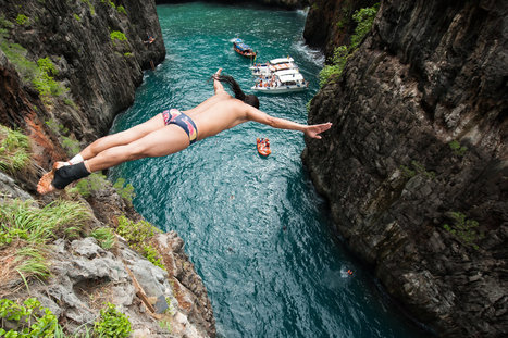 Red Bull Cliff Diving Thailand: report and video | Red Bull | Thai hotels | Scoop.it