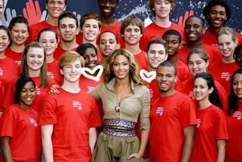 Beyonce Gives Back   PerezHilton.com   Beyonce's like Martin   Scoop.it