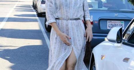Spacco hot e il vestito svolazza Kate Hudson mette in mostra gambe e lato B | culi femminili | Scoop.it