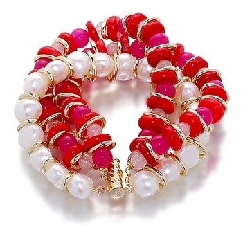 White pearl and gemstone multi strand bracelet | Pearls & Fashion | Scoop.it