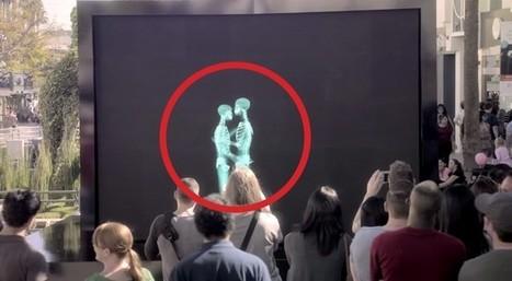2 Personnes S'embrassent Derrière Un écran: Quand Elles Sortent Le Public Est Stupéfait (Vidéos) | Happiness is THE Journey - Le bonheur, c'est LE voyage | Scoop.it