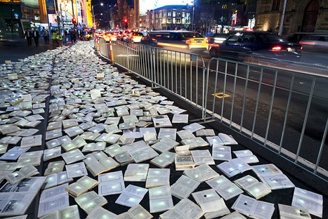 Bookmarking Book Art - Large-Scale Installations | Books On Books | Scoop.it