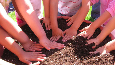 With Farm to Preschool program, kids get a head start on healthy eating | School Gardening Resources | Scoop.it