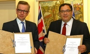 Israel and UK sign agreement promoting English studies in Israel | Jewish Education Around the World | Scoop.it