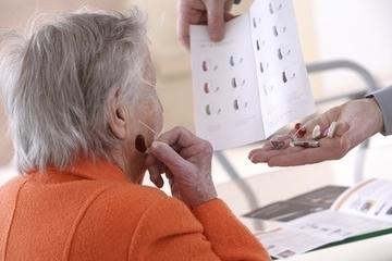 PERTE d'AUDITION avec l'âge: Perdre l'oreille c'est perdre le contact social | Acouphène Sommeil Stress Sophrologie | Scoop.it