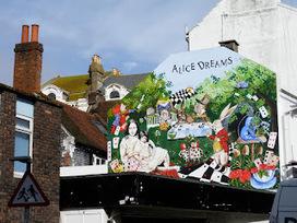 Graffiti Brighton: Wonderland - Middle Street | The sreet art of graffiti | Scoop.it