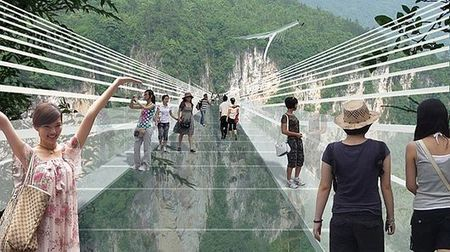 World's longest glass bridge set to open in China next year | Real Estate Plus+ Daily News | Scoop.it