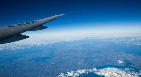 Innovation & Startup : Une application hors-ligne qui renseigne les passagers sur les endroits qu'ils sont en train de survoler | HelloBiz | Tourisme Urbain Innovation | Scoop.it