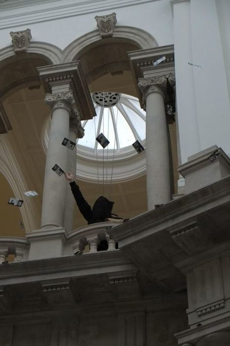 £240,000 of 'BP money' thrown from top of Tate Britain into its oil company sponsored galleries | Visual Culture and Communication | Scoop.it
