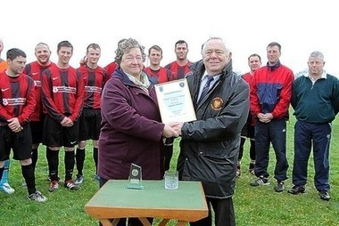 PAM'S PRESENTATION FOR 25 YEARS'S LOYAL SERVICE: - This is Cornwall   Football Cornwall   Scoop.it