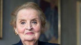 Wie man Männer unterbricht: Ein Gespräch mit Madeleine Albright - Debatten - FAZ | in medias res | Scoop.it