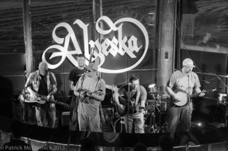 Bluegrass Favorites Hot Dish are Back - Anchorage Press   Acoustic Guitars and Bluegrass   Scoop.it