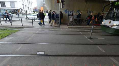 Augsburg testet Bodenampeln für Handynutzer | heise online | Medienkompetenz im digitalen Zeitalter | Scoop.it