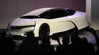L.A. Auto Show: Hydrogen vs. electric -- which is superior? | Sustainability Science | Scoop.it