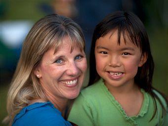 Vivre et grandir dans l'adoption | 7 milliards de voisins | Scoop.it
