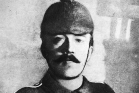 Britse soldaat spaarde gewonde Hitler in 1918 | KAP-JurakholovaM | Scoop.it