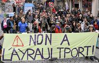 """""""L'Ayraulport"""" de Notre-Dame-des-Landes aussi critiqué en Pays Basque - Le Journal du Pays Basque   # Uzac chien  indigné   Scoop.it"""