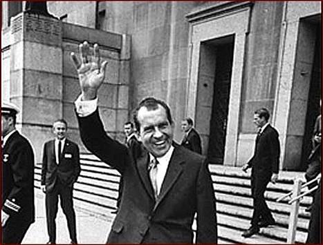 Retour de Sarkozy: «Revient-il pour servir la France ou pour se protéger dans ses affaires?», interroge Eva Joly | bambou148 | Scoop.it
