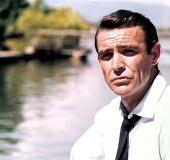 The Bond and the beautiful!   www.athensvoice.gr   omnia mea mecum fero   Scoop.it