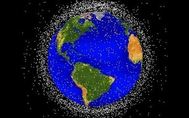 'Fishing net' to collect space debris | Teaching websites | Scoop.it