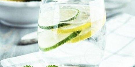 Detox Water : les recettes incontournables des eaux aux fruits - Le Huffington Post   Détox   Scoop.it