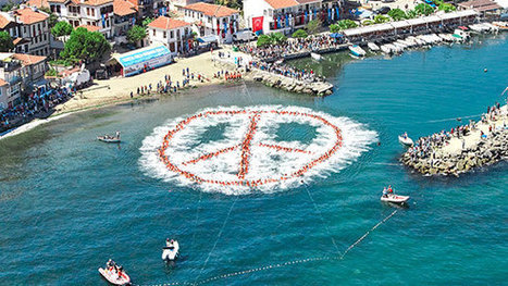 World Peace Day: Ten harmonious records to mark the event - Guinness World Records | NGOs in Human Rights, Peace and Development | Scoop.it