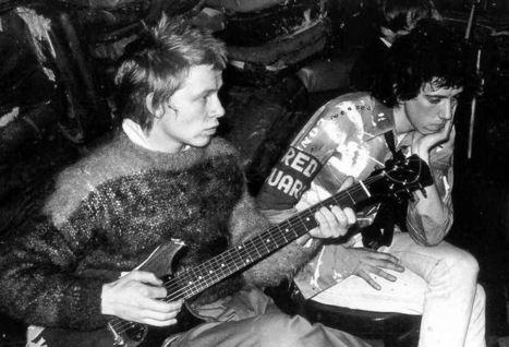 PHOTO: Paul Cook (Sex Pistols)  and Mick Jones (The Clash)   SongsSmiths   Scoop.it