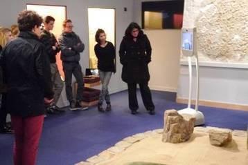 IL Y A 1 AN ... La ville d'Autun adopte un robot Beam pour faire visiter ses musées à distance   Clic France   Scoop.it