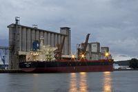 Le Blog de Rouen, photo et vidéo: Cargo amarré au terminal céréalier du Port de Rouen | MaisonNet | Scoop.it