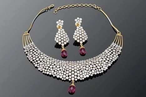Diamond Studded Pink Necklace | Gifting Zone | Scoop.it