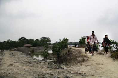 In Bangladesh, coastal villagers pay price for climate change  - ucanews.com | SandyPims | Scoop.it